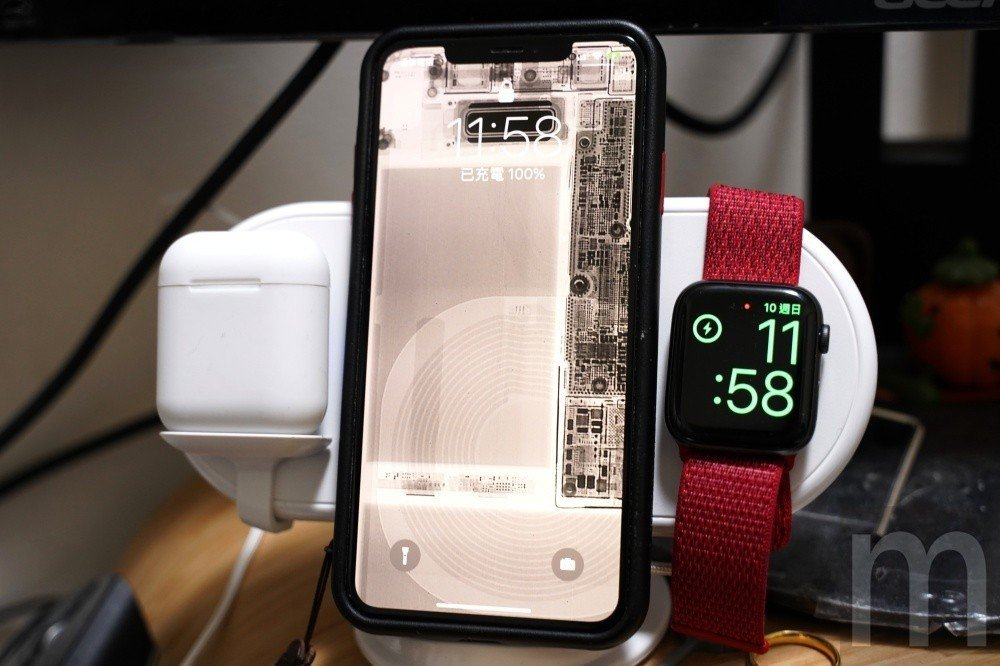 可一次同時為iPhone、AirPods與Apple Watch充電