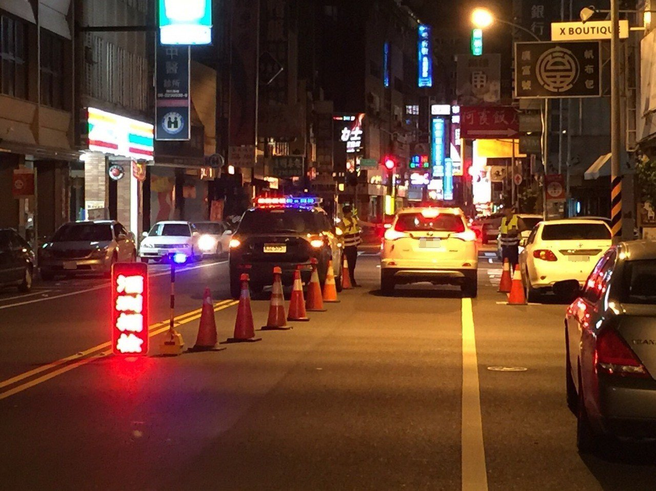 酒駕肇事頻傳,警方規劃夜間及針對易酒駕路段取締酒駕,遏止酒後駕車。圖/台南市警二...