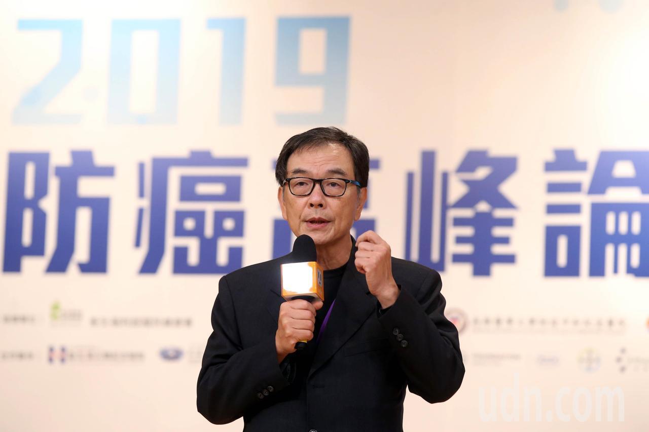 聯合報執行董事項國寧(圖)說,國內每年有近5萬罹癌者,生活受影響的不光是當事人,...