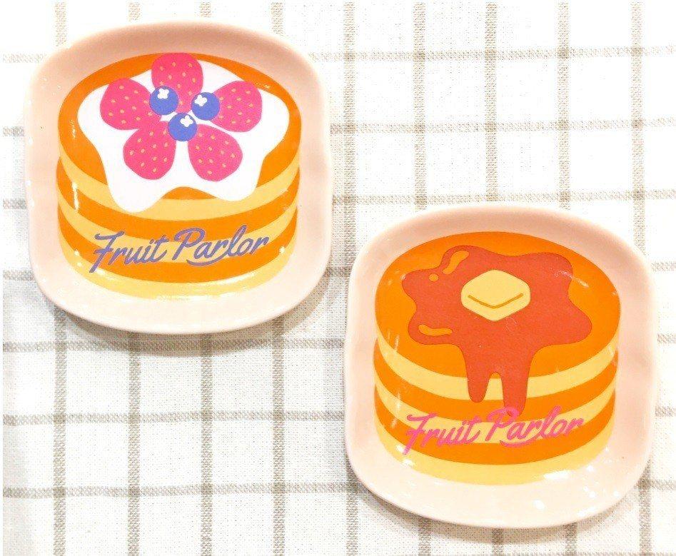 NATURAL KITCHEN鬆餅造型盤,售價150元。圖/NATURAL KI...