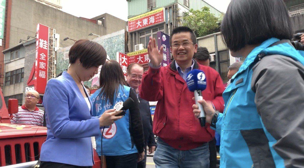 鄭世維稍早到競選總部,自行宣布敗選。記者張曼蘋/攝影