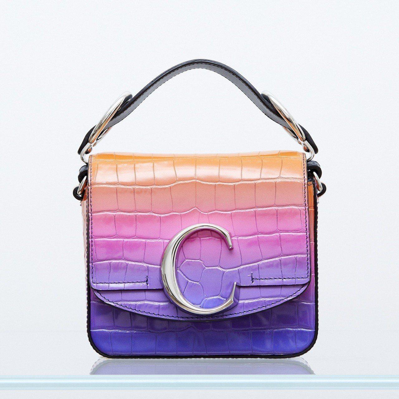 Chloé C Mini漸層螢光色肩背手提兩用包,售價52,500元。圖/Ch...