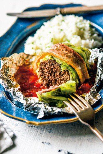 蒸烤高麗菜卷(2人份) 圖/皇冠提供