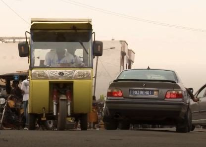 圖說:非洲象牙海岸發展三輪太陽能計程車,改善當地汽車廢氣排放問題。(Photo ...