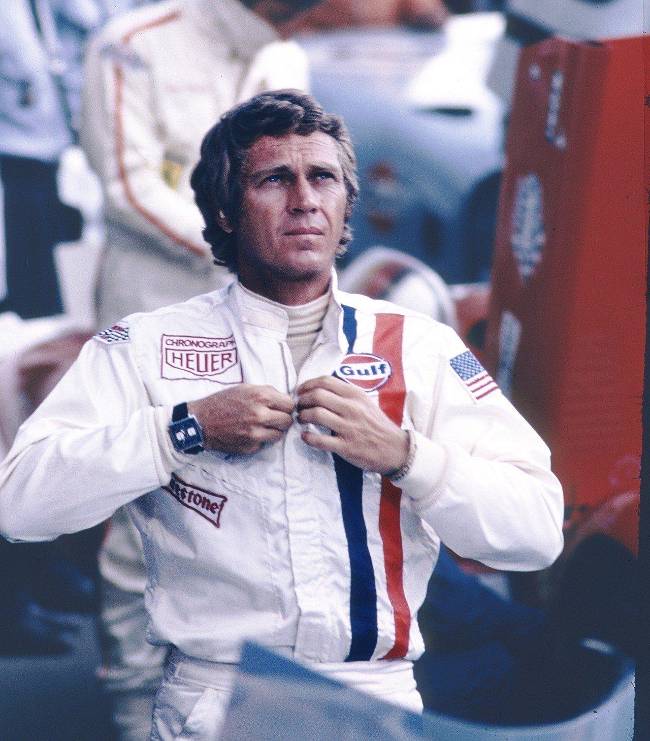 Steve McQueen於電影《Le Mans極速狂飆》中配戴泰格豪雅MONA...