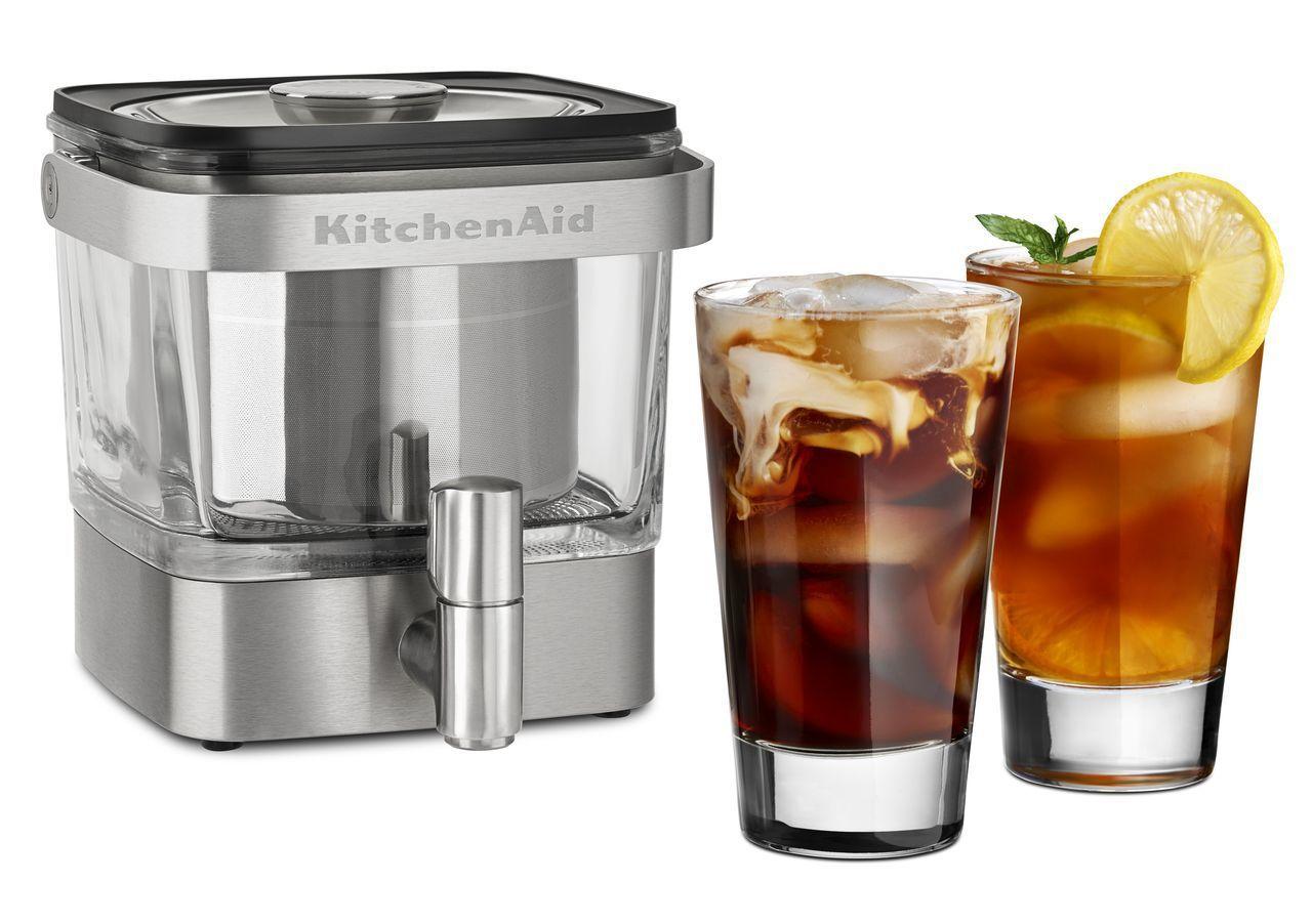 KitchenAid不鏽鋼冷萃咖啡機,原價4,990元,展場優惠價3,990元。...