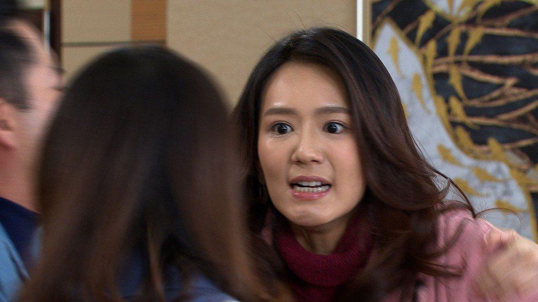 李又汝在「大時代」戲中,與婆家撕破臉。圖/民視提供