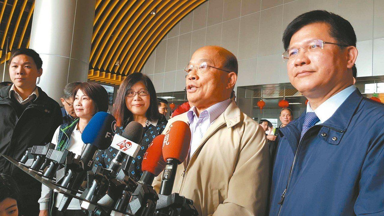 行政院長蘇貞昌(右二)批評國家通訊傳播委員會(NCC)無作為,「誰都管它不到,但...