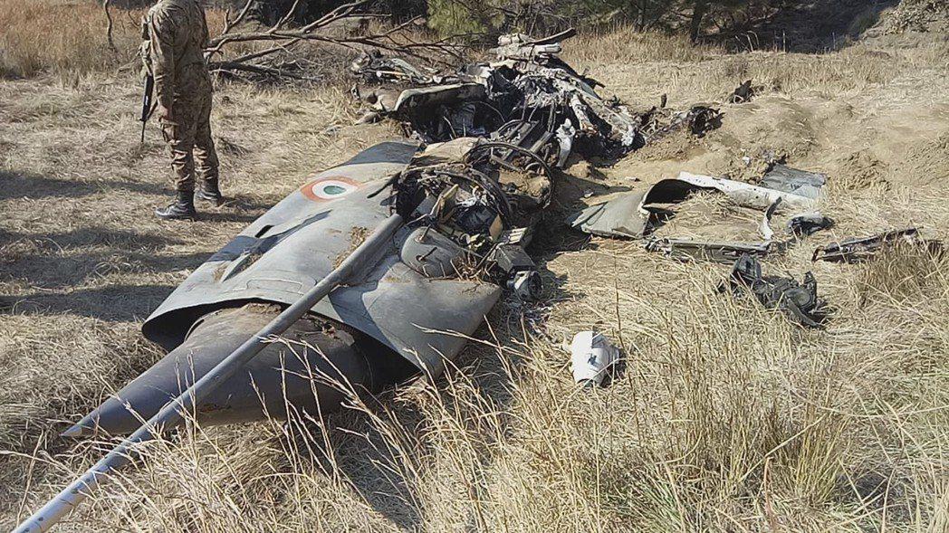 2月27日,印度與巴基斯坦之間發生「喀什米爾大空戰」。圖為巴基斯坦公布的印度戰機...