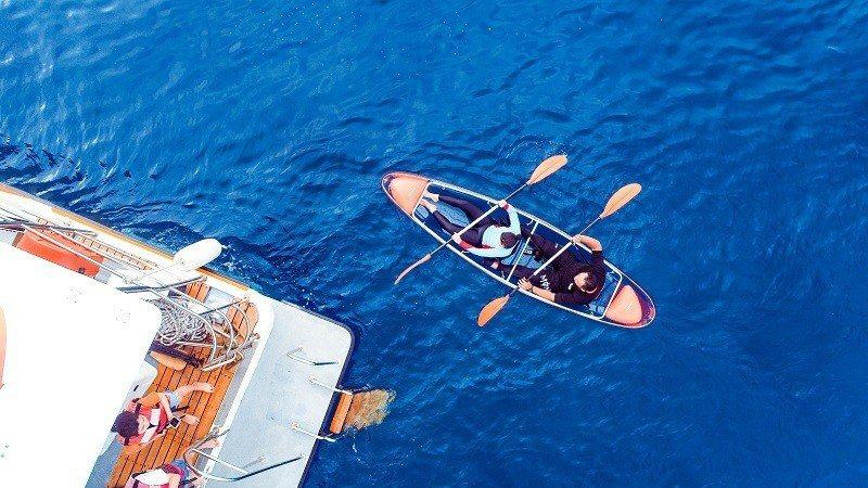 ▲小琉球自由行低碳玩法-獨木舟體驗。(圖/Tripbaa趣吧!亞洲自由行專家)