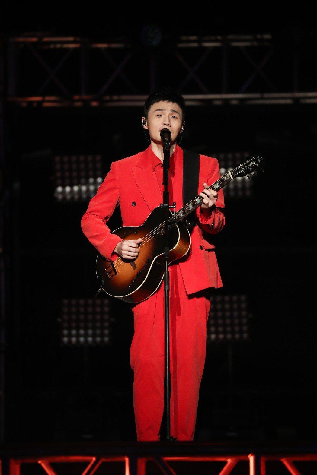 李榮浩的「年少有為」世界巡演首站16日在上海梅賽德斯奔馳文化中心登場。圖/華納提