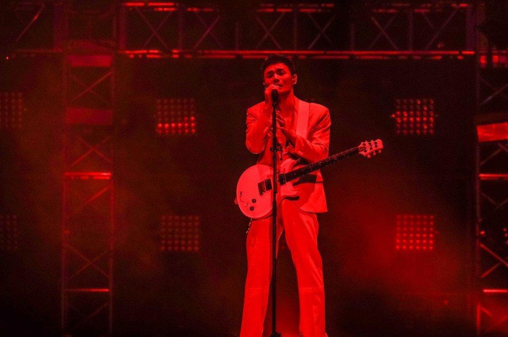李榮浩的「年少有為」世界巡演首站16日在上海梅賽德斯奔馳文化中心登場。圖/華納提...