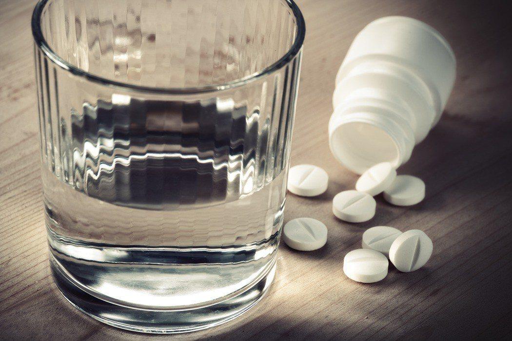 憂鬱症患者最常使用的藥物「百憂解」錠劑將於4月1日起停止供貨。 示意圖,非報導的...