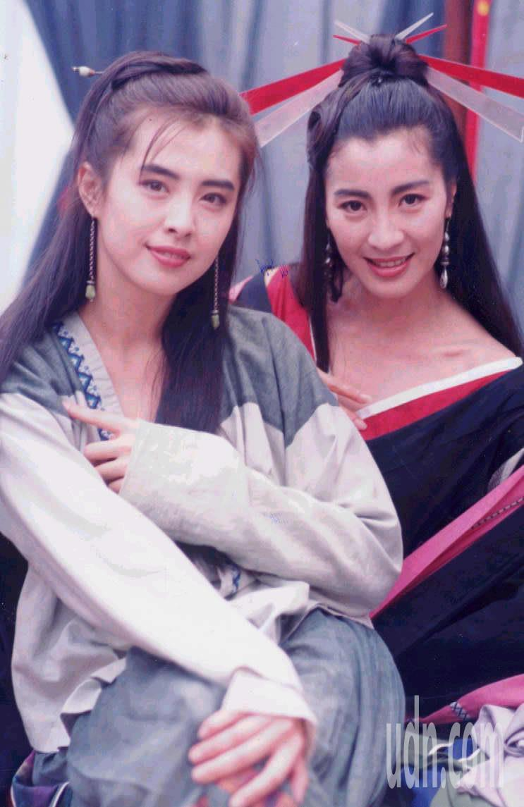 1992年王祖賢( 左)和楊紫瓊的古裝扮相。圖/聯合報系資料照