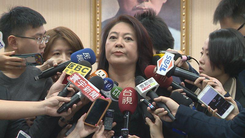 NCC主委詹婷怡出席交通委會報告前接受媒體聯訪。記者楊凱竣/攝影