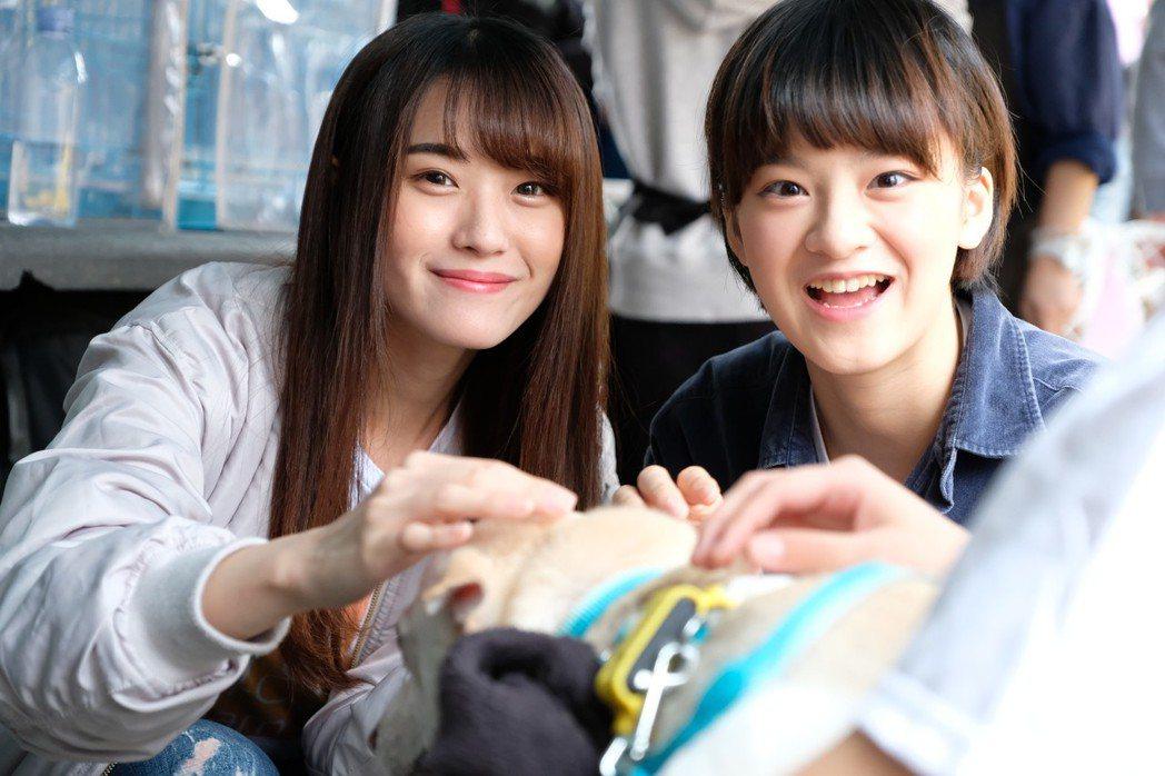 蔡伊柔(左)、劉語晴出席公益活動。圖/好言娛樂提供