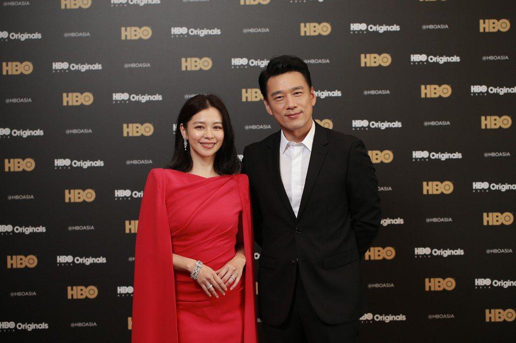 徐若瑄與王耀慶合作「獵夢特工」。圖/HBO提供