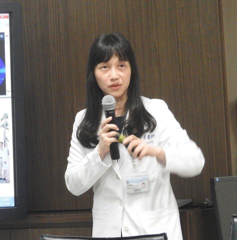 高醫附院腎臟內科主治醫師李佳蓉表示,心血管疾病併發症是多囊腎患者死亡主因,該幹細...