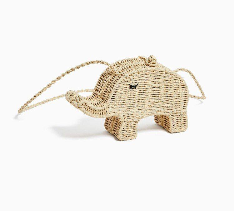 大象編織包同樣很療癒。圖/擷自ZARA官網