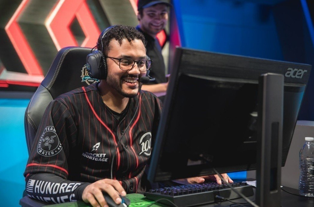 100T Aphromoo 圖/LoL Esports Photos Flick...