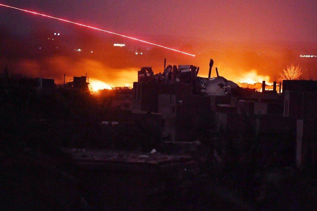 砲火中的巴古斯,在連續數周的猛攻後,這座ISIS的最後據點已經在3月23日正式陷...