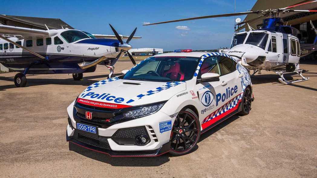 Honda Civic Type R加入澳洲新南威爾斯州警方的陣容。 摘自Hon...
