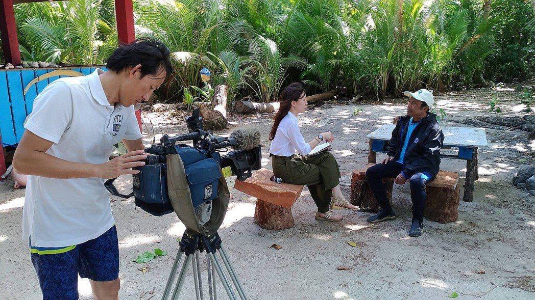TVBS獨家專訪帛琉總統雷蒙傑索(右)。圖/TVBS提供