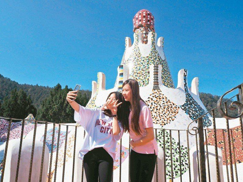 九族文化村高第建築已成打卡熱點。 記者羅建怡/攝影