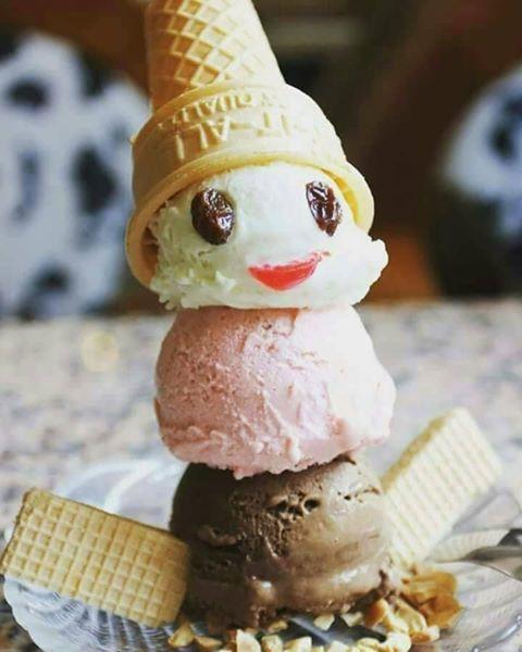 懷舊的雪人聖代。圖/百樂冰淇淋提供