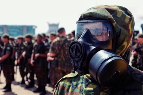 圖為巴西校閱軍警的資料圖片。 圖/法新社