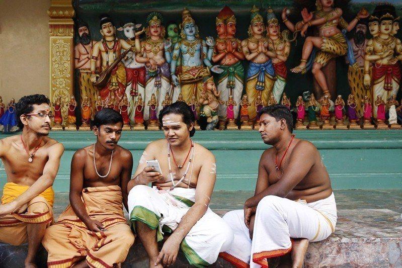 圖為馬來西亞印度教徒。 圖/路透社
