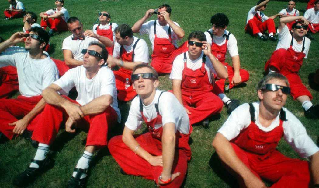 在德國雇用一個勞工的工資,在東歐可以雇用五個人。圖為1999年,在匈牙利的奧迪汽...