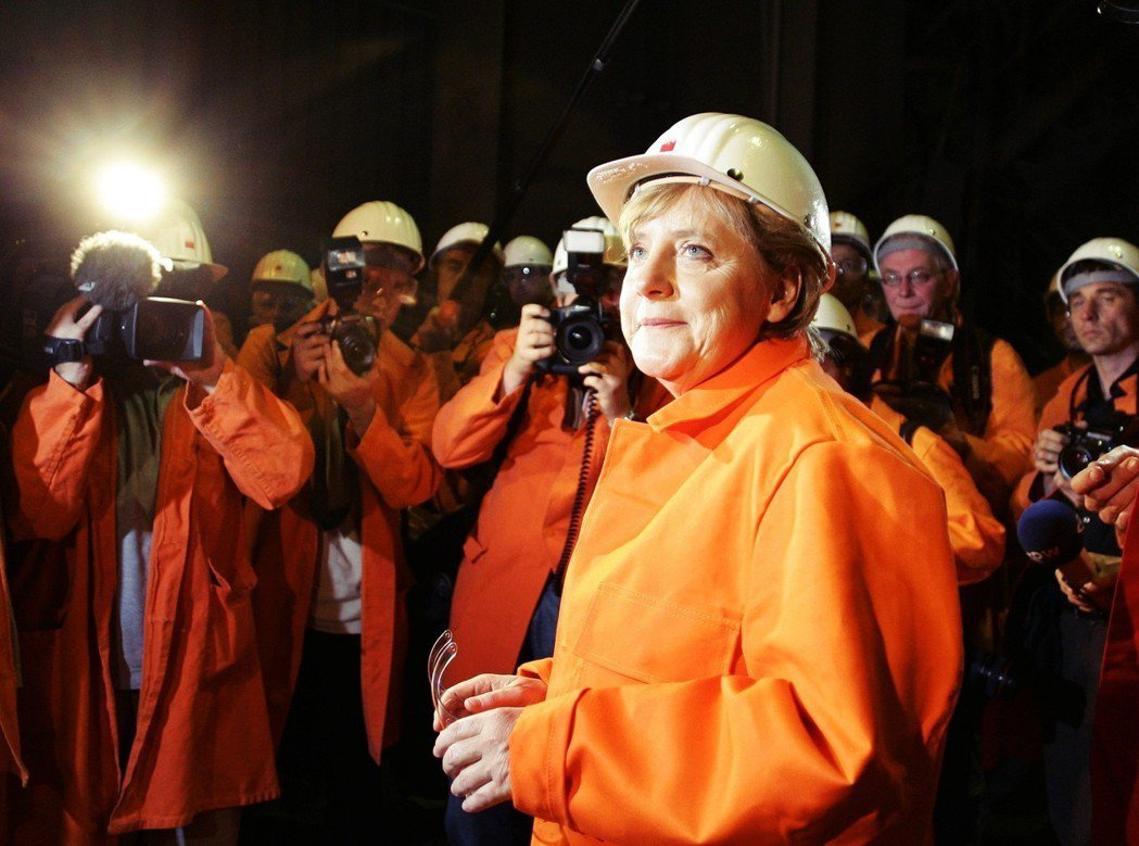 德國經驗——或者說「德國模式」(Modell Deutschland)——除了所...