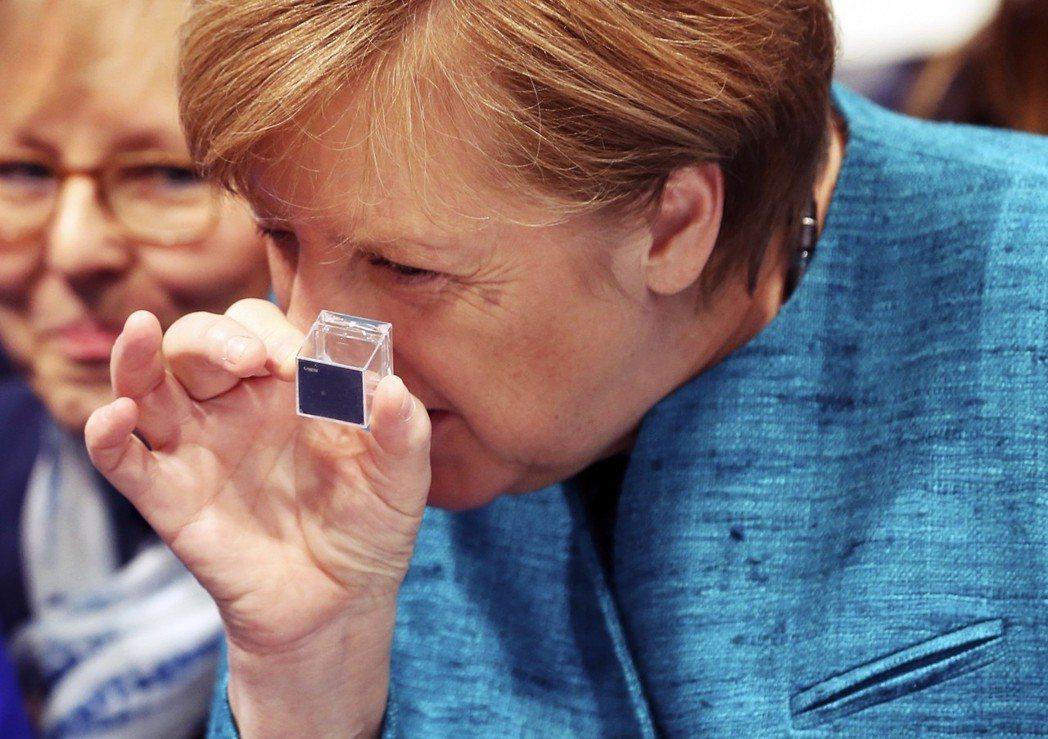 「德國在傳統領域以及傳統與中等技術的產業領域,如汽車、印刷與機械工具母機居國際領...