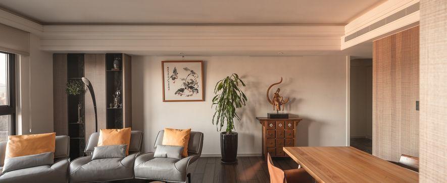 (圖)此案以屋主珍藏的藝品為核心元素,規劃出簡約而承托案主氣質的寧靜居所。