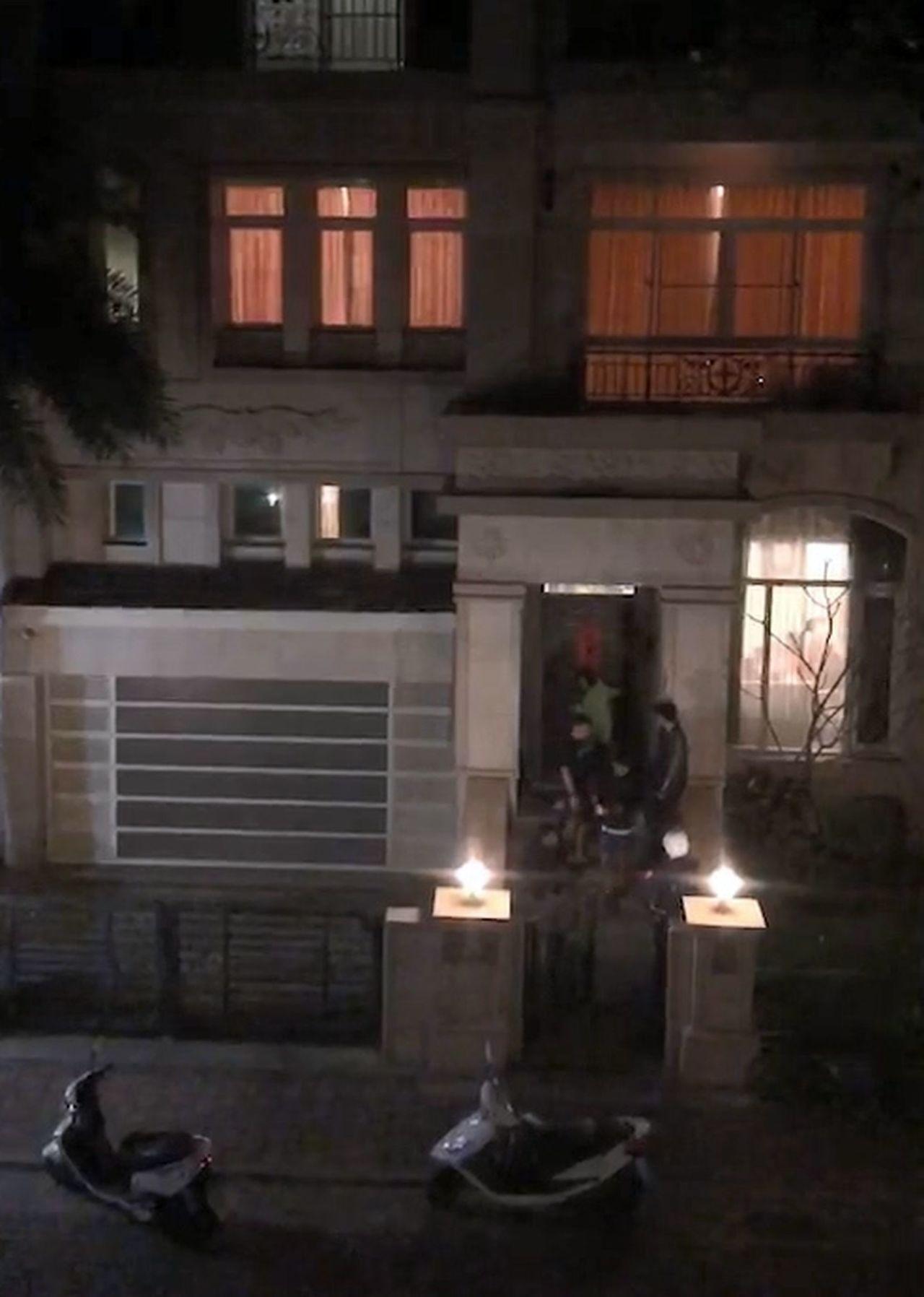 被指涉經營民宿的別墅,因深夜喧嘩,住戶氣得報警處理。記者王昭月/翻攝