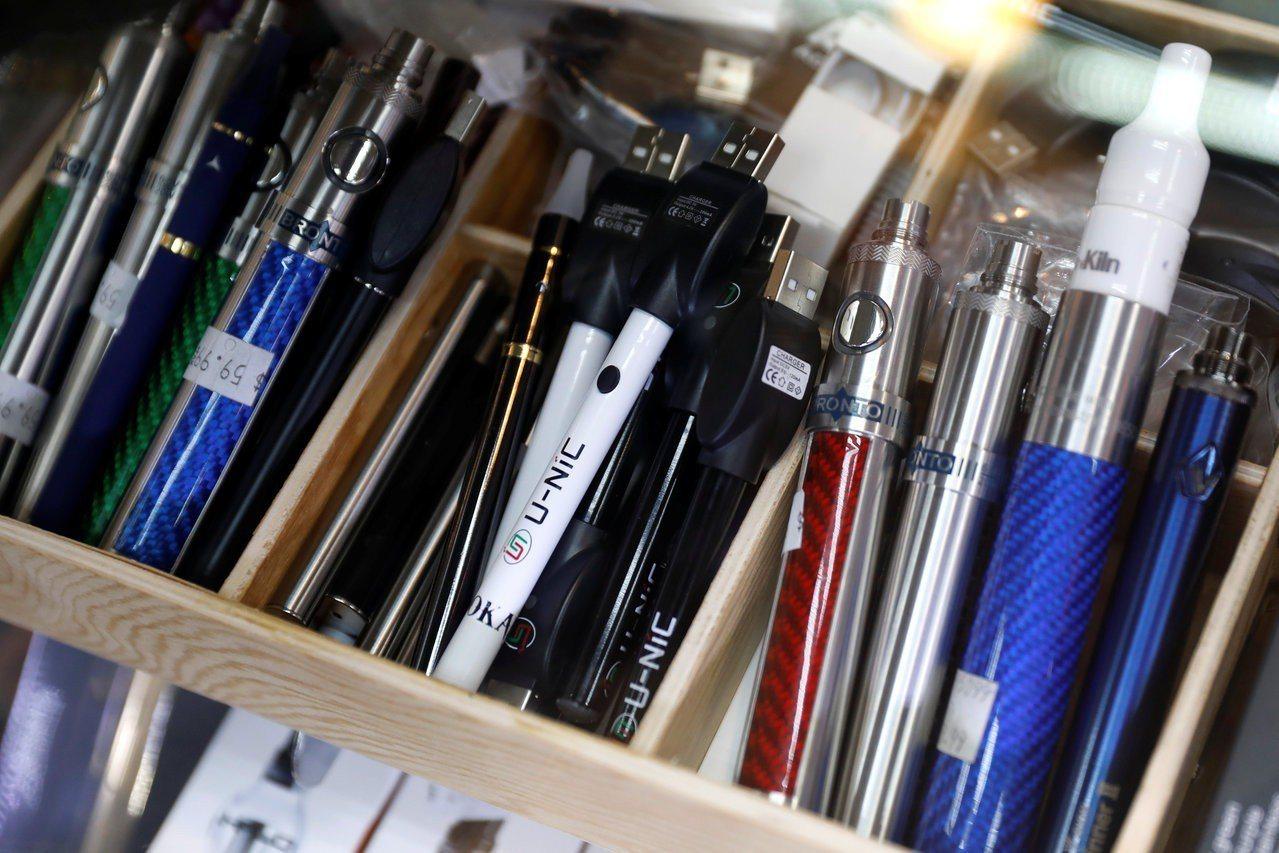 舊金山議員擬提案禁售電子菸。路透