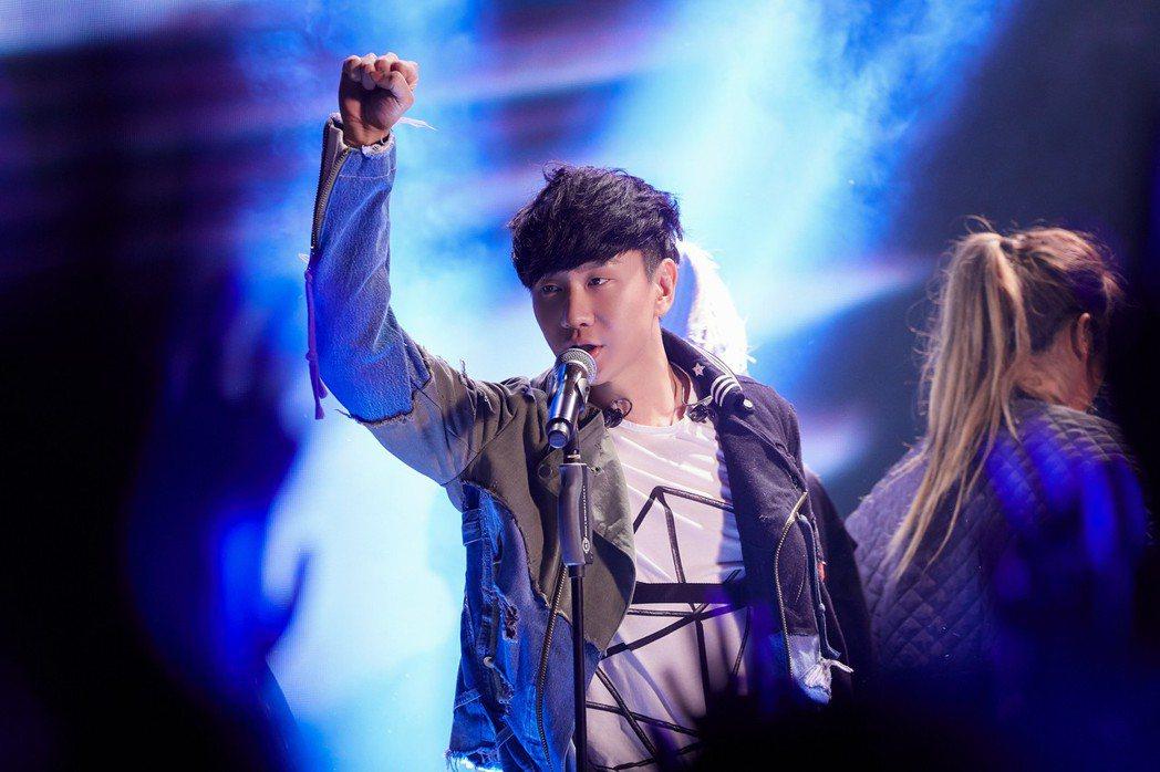 林俊傑推出「聖所2.0」世界巡演主題曲「進階」。圖/華納提供