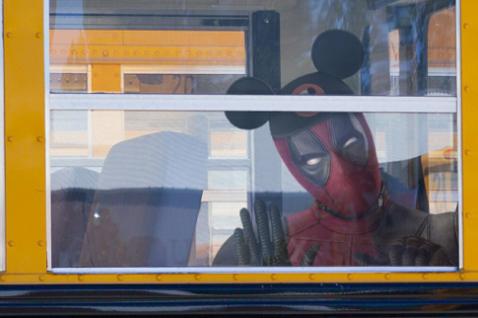 迪士尼(Disney)與21世紀福斯(Twenty-First Century Fox)於紐約時間20日凌晨0點02分(台灣時間昨中午12點02分)正式合併,且收購金額高達713億美元(約台幣2.2...