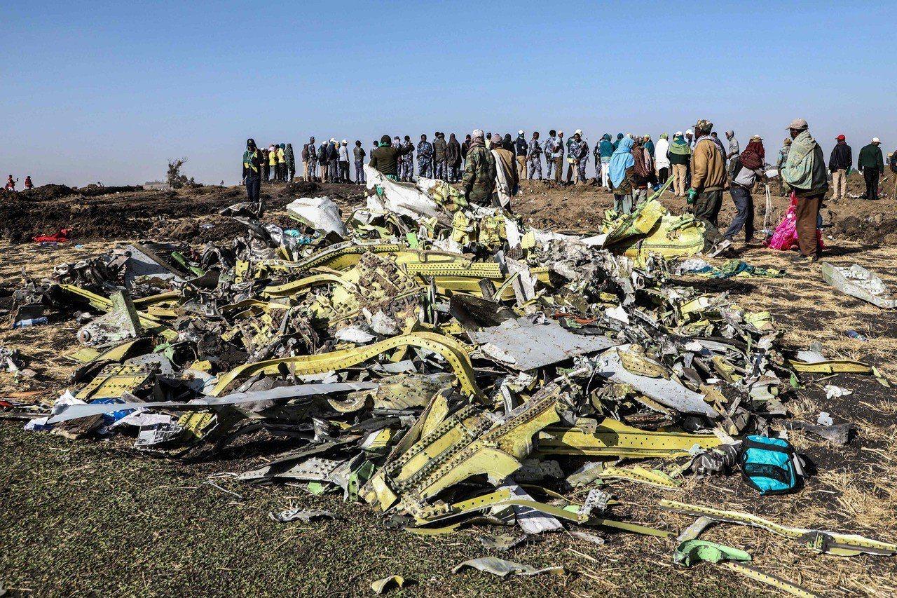 衣索比亞航空一架波音727 MAX客機10日自首都阿迪斯阿貝巴起飛不久後就墜毀,...