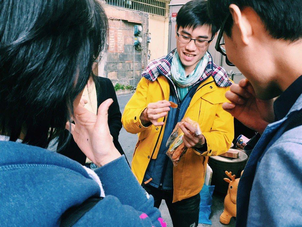 魏兆廷帶著旅客在台灣各地「散步」,與在地團隊合作,讓在地團隊直接與相費者溝通。圖...