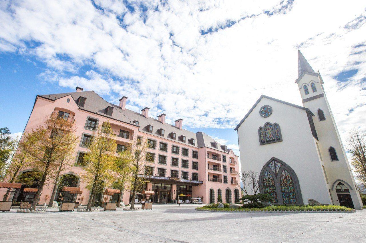 春天國際觀光酒店外觀宛如歐洲城堡。圖/本報資料照