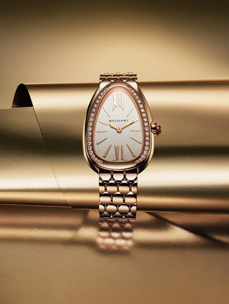 寶格麗SERPENTI SEDUTTORI 玫瑰金鑲鑽腕表,84萬5,000元。...