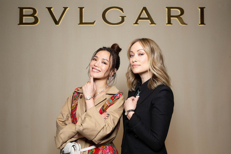舒淇與好萊塢巨星Olivia Wilde於寶格麗在瑞士巴塞爾表展合影。圖/寶格麗...