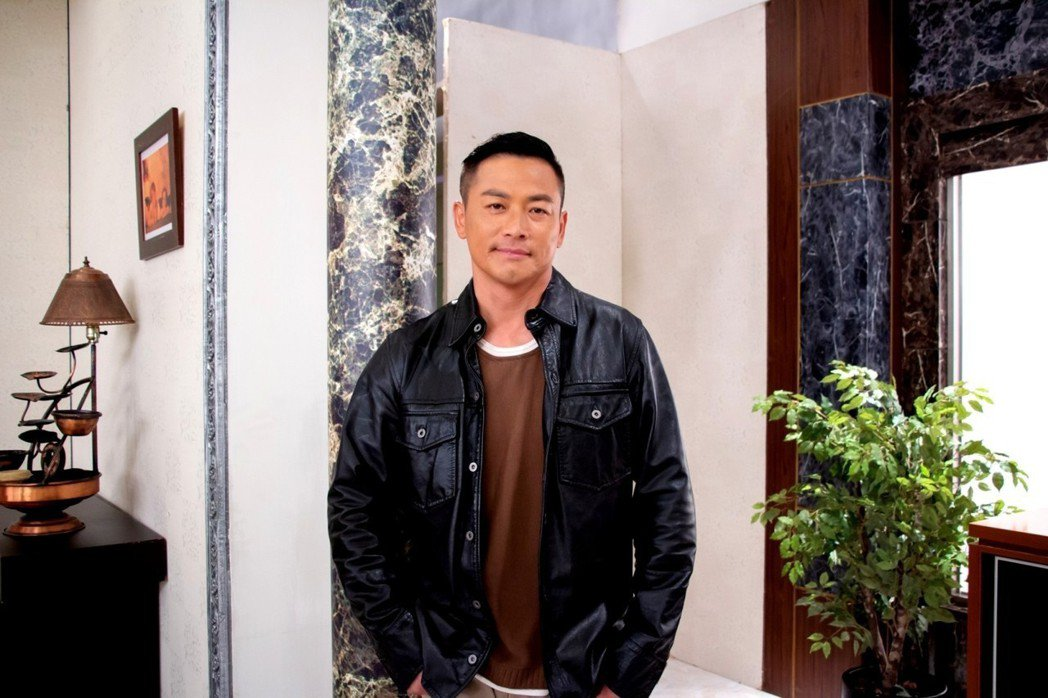 江宏恩狂鏟13公斤瘦成新面貌。圖/三立提供