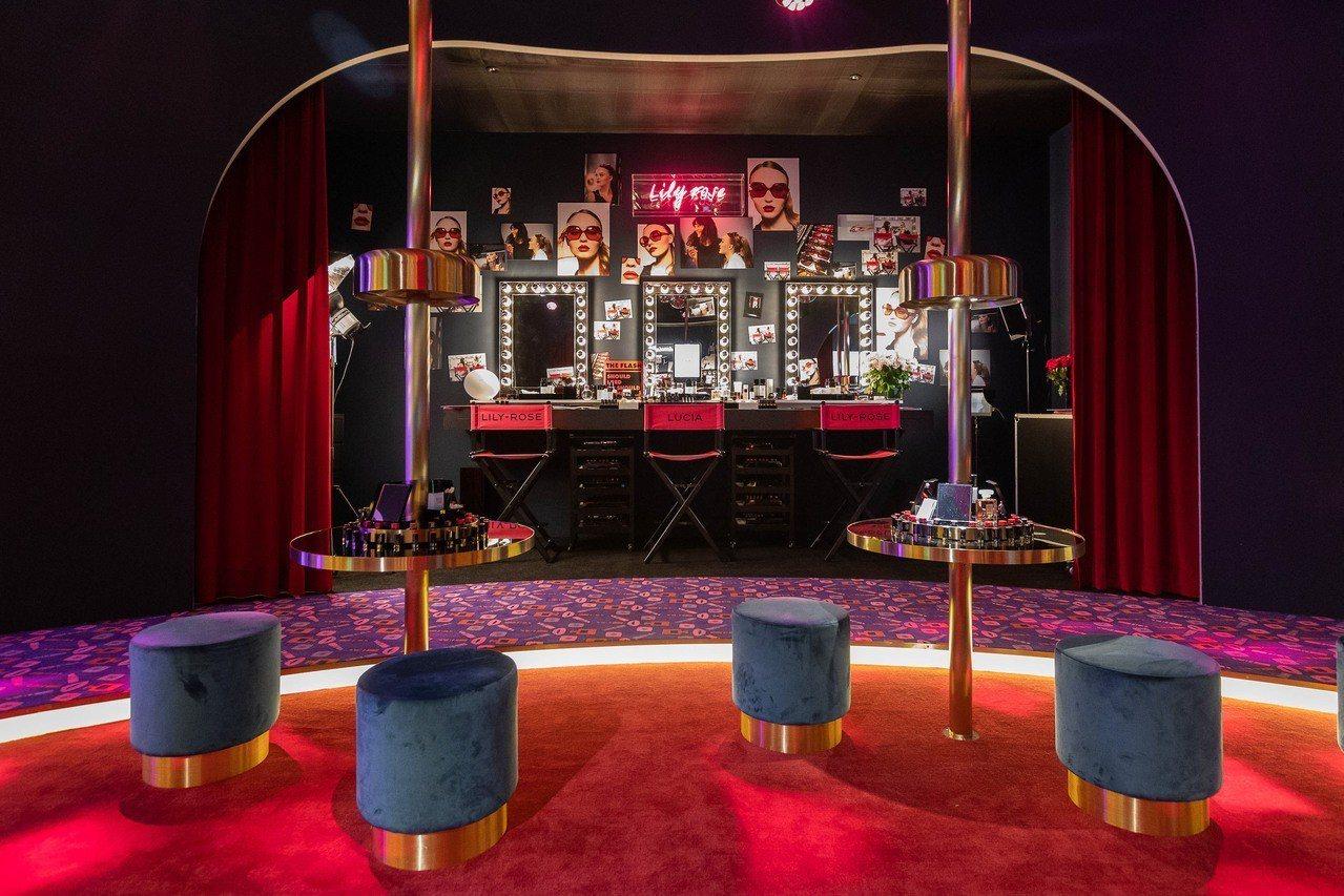 香奈兒打造COCO放閃俱樂部,有著巨星秘密後台可拍照。圖/香奈兒提供