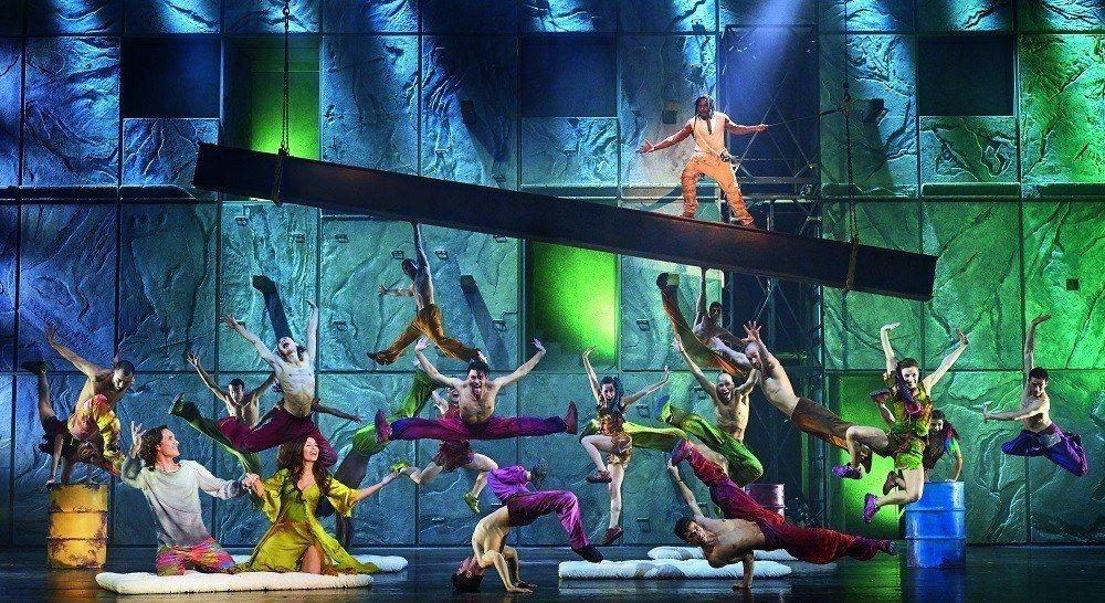經典法文音樂劇《鐘樓怪人》,20周年世界巡演首站在台灣,全本全景首度在台完整呈現...