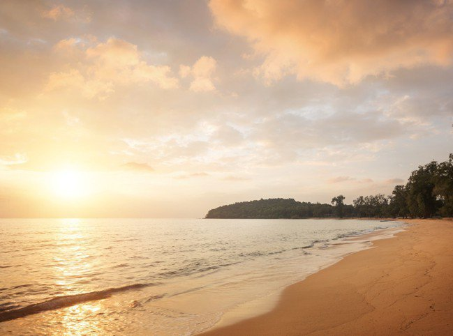 瓜隆群島上的日落巡航也相當迷人。(阿麗拉提供)