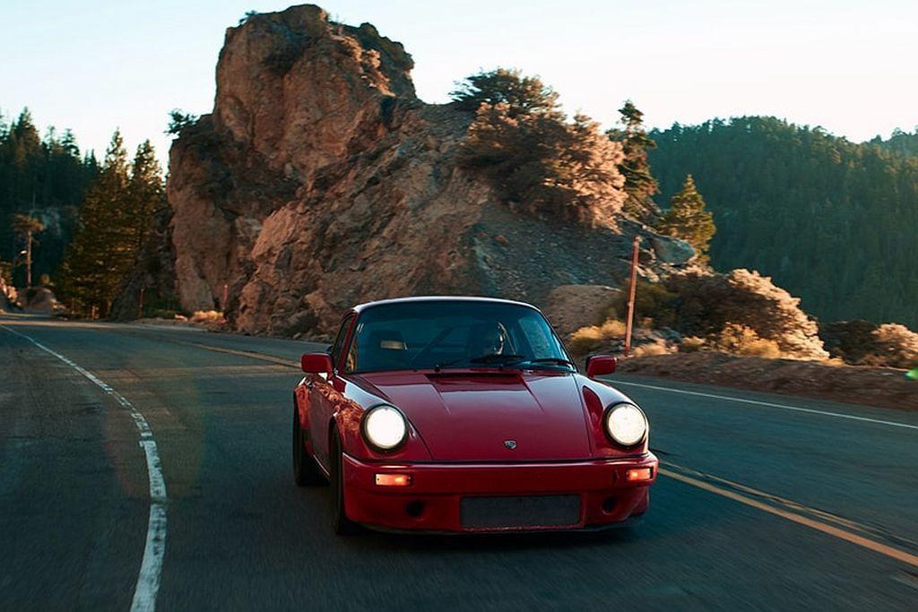 Ferry Porsche曾說過:「911是唯一一輛可以載著你從非洲野生動物園到...