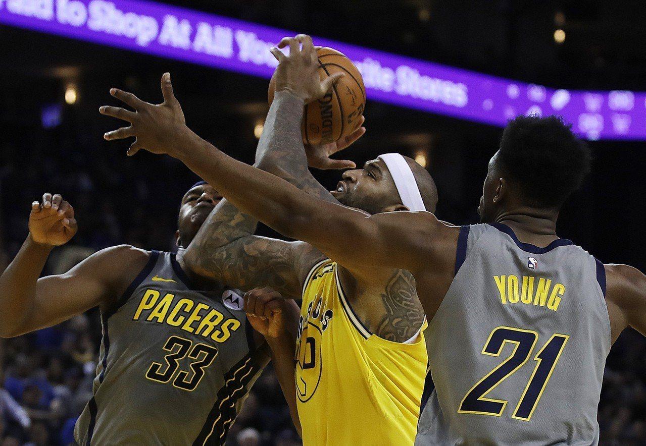 NBA/卡珍斯復出斬全隊最高分 勇士主場大勝溜馬